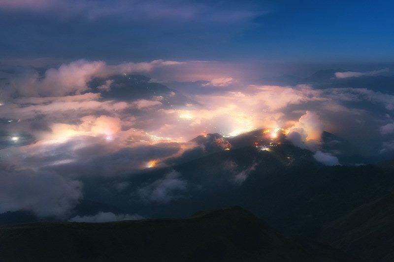 ночь, горы, красная поляна, облака, ночной город, пейзаж Ночной полетphoto preview