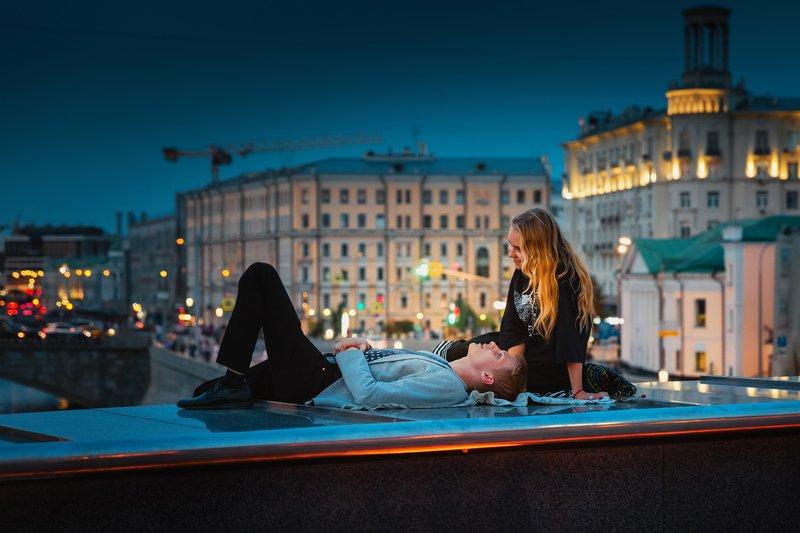 романтика, влюбленные, парень, девушка, город, вечер, romance, lovers, guy, girl, city, evening, Время мечтатьphoto preview
