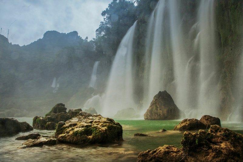 Ban Gioc waterfallphoto preview