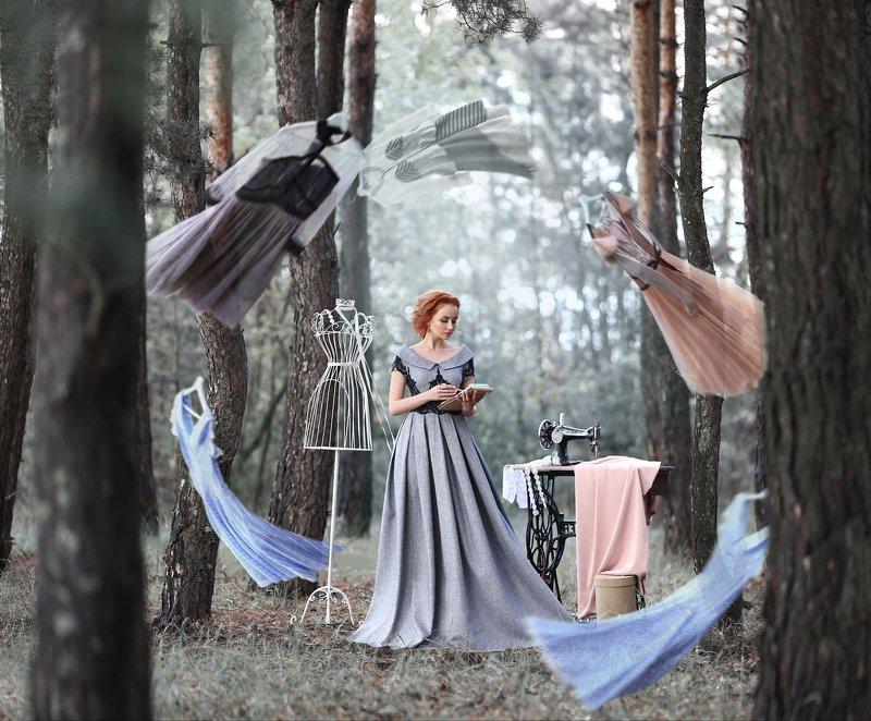 дизайнер, дизайнер одежды, Ану Каспер, платье, платья, летающие платья, создание платья, швейная машинка, хвойный лес, идея, как рождается платье, дизайнерские платья Рождение идеи / The birth of an ideaphoto preview