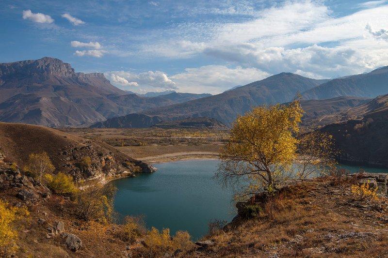 гижгит, кабардино-балкария У горного озераphoto preview
