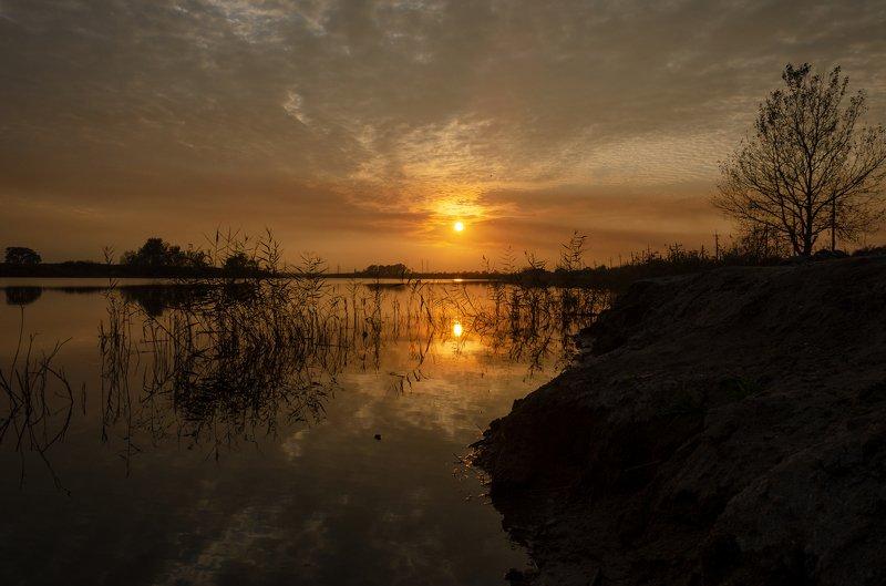 закат озеро Смеркалось...photo preview