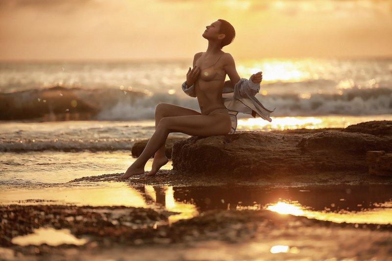 портрет девушка красота море рассвет морской несезонphoto preview
