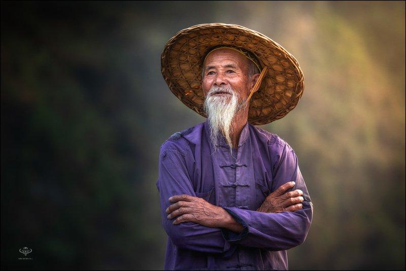 Китай, Гуанси, портрет, рыбак, фототур Рыбак из китайской провинции Гуансиphoto preview