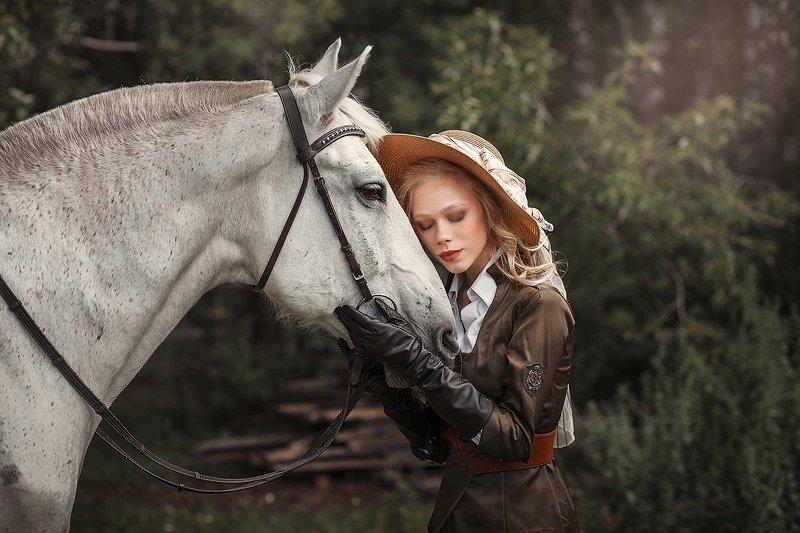 девушка, лошадь, girl, ретро Лиза и Северphoto preview