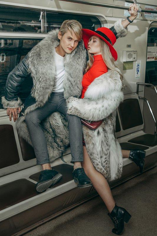 стилизация, 90-е, метро, купи шубу Сегодня я на стиле 90-х )))))photo preview