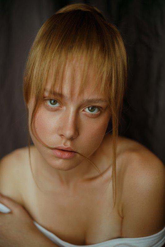 portrait, портрет, girl, light, blonde, portraiture, outdoor, девушка, молодость, сентябрь, лето, summer, lines, retouch, ретушь, цвет, canon, hair, eat Annphoto preview
