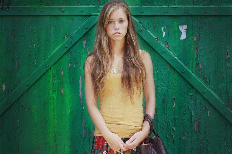 portrait,girl,toning,hair,cute,beauty,портрет,девушка,пленэр,природа Valleryphoto preview