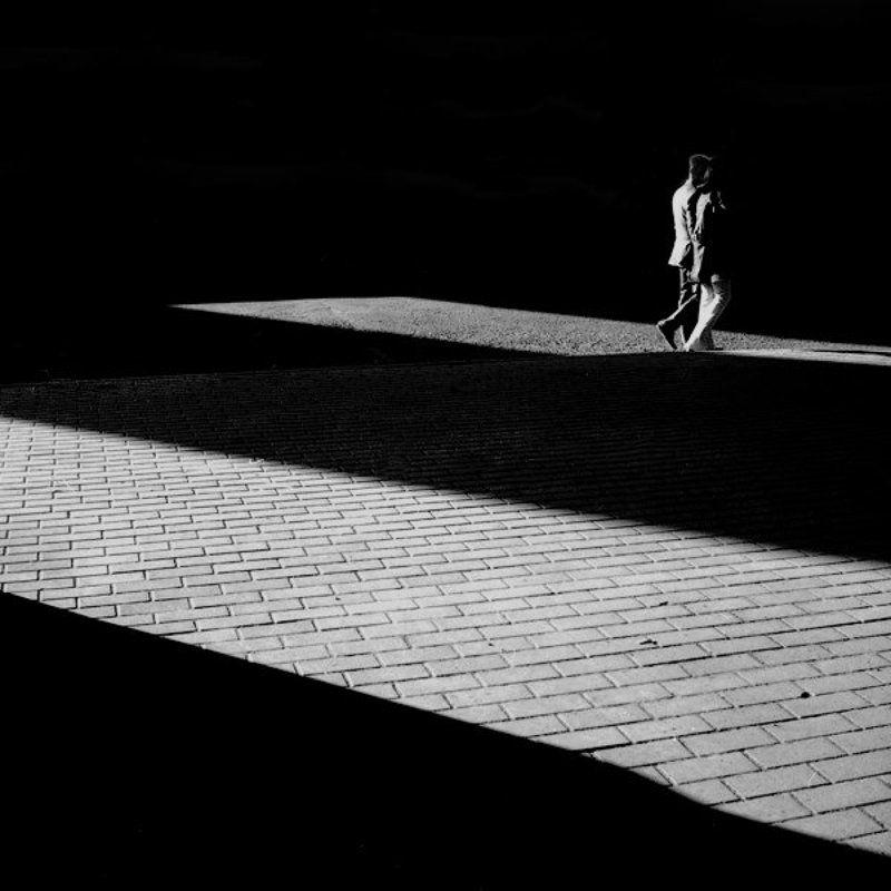 улицы, тень, люди, солнце, мост, геометрия, тень ****photo preview