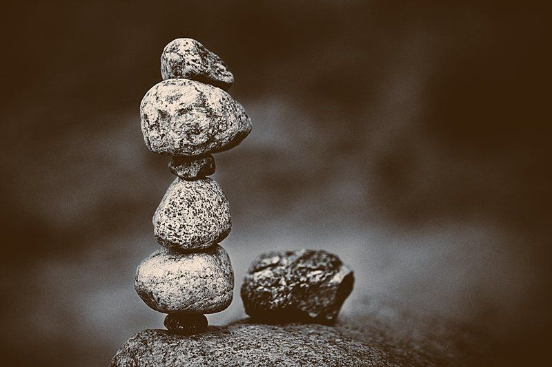 камни,равновесие,ч/б ***photo preview