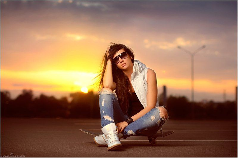 девушка, закат, вечер, скейт ***photo preview