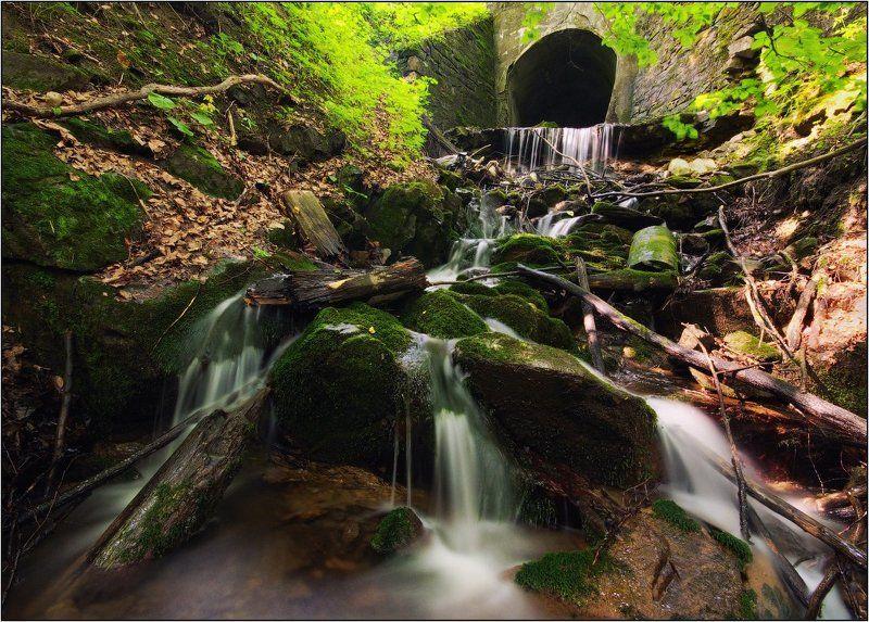 карпаты, водопад, ручей На склонах гор...photo preview