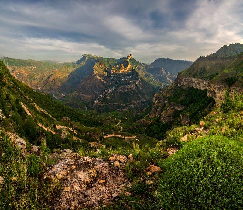 природа, пейзаж, горы, кавказ, природа россии, дикая природа, рассвет, восход, утро, свет, облака, весна, панорама Гунибphoto preview