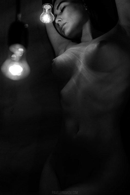 девушка ню топлес эротика арт портрет  photo preview