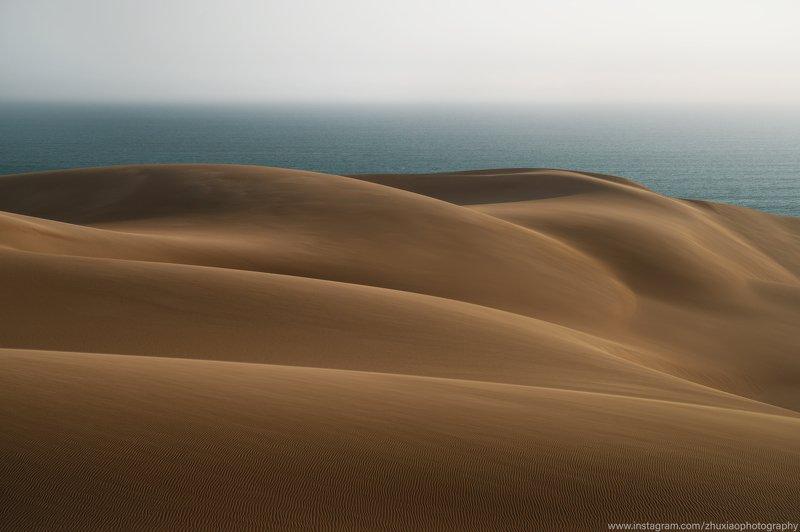Пустыня и океан Намибии.photo preview