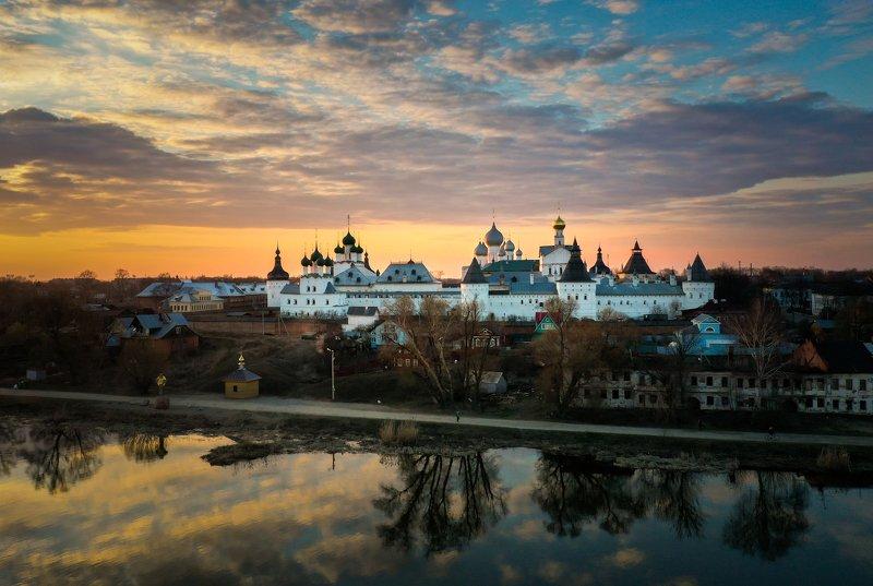 Ростовский кремльphoto preview
