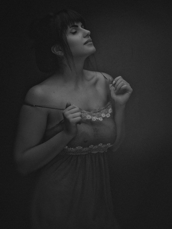 nude, female, art, portrait, photo, expression, nudes, naked, drama, dramatic, naked, woman, young, adult, face, body, beauty BEAUTYphoto preview