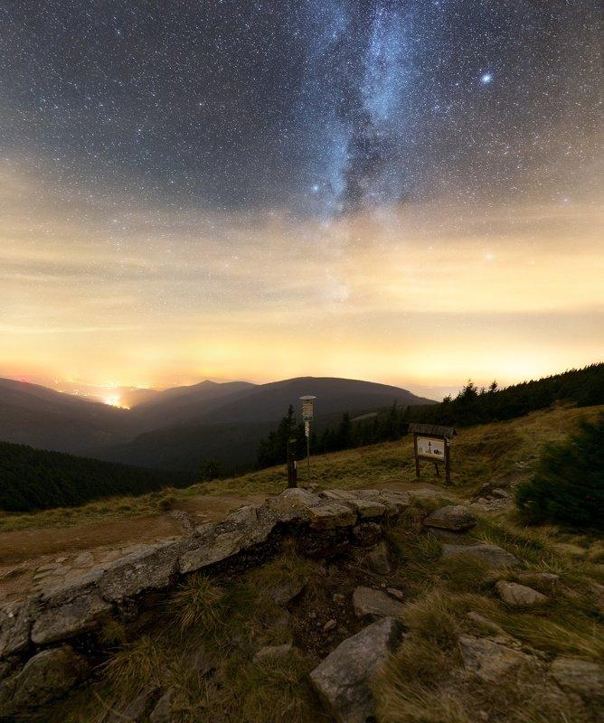landscape, tree, mountain, stars Night under Kralicky Sněžníkphoto preview