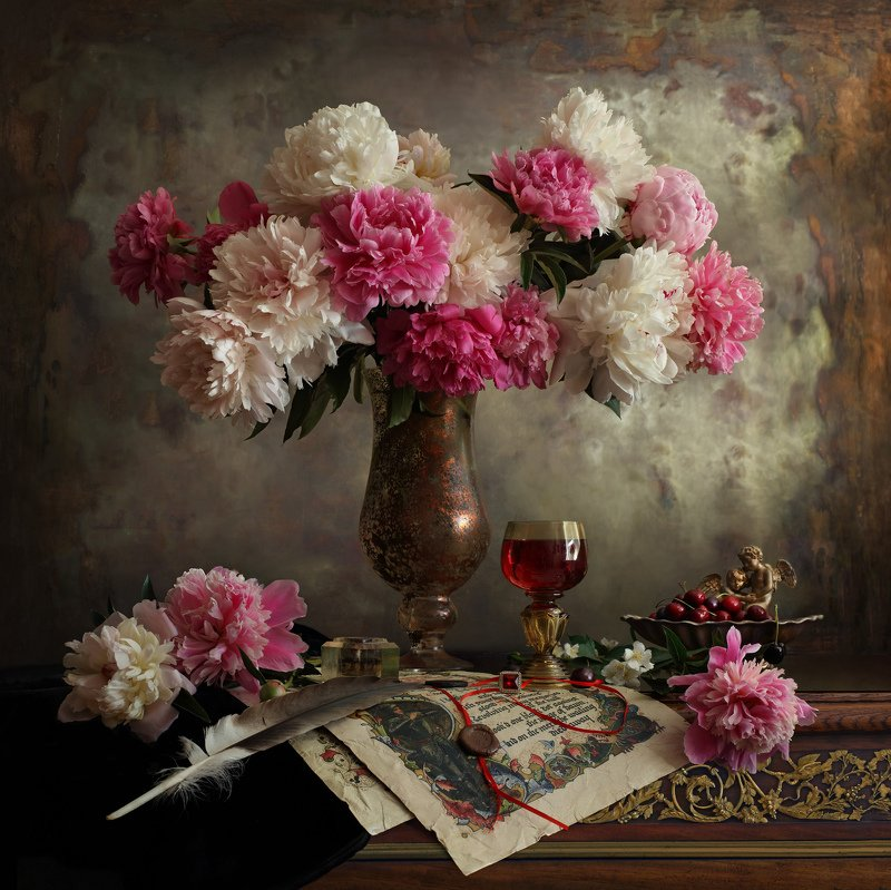 цветы, пионы, свет, часы, классика Натюрморт с пионамиphoto preview