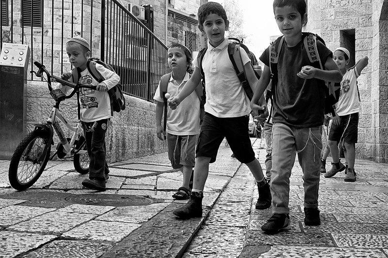 Дети Еврейского Кварталаphoto preview