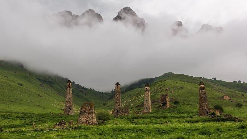 ингушетия, пейзаж, эрзи, ний, кавказ, горы, облака, Два мираphoto preview
