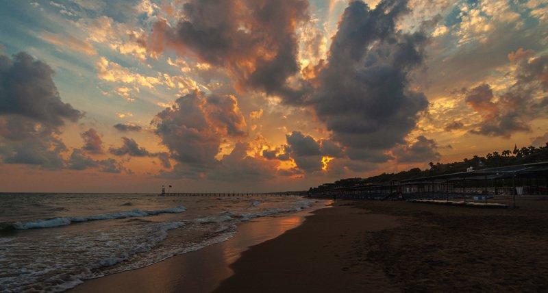 пейзаж, море, закат, небо, облака, волны, Турция, лето Облачный закатphoto preview