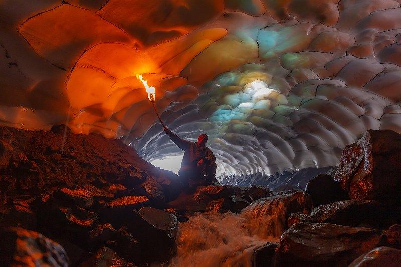 камчатка, пещера, природа, путешествие, фототур, пещера, краски, лед, огонь В поисках сокровищphoto preview