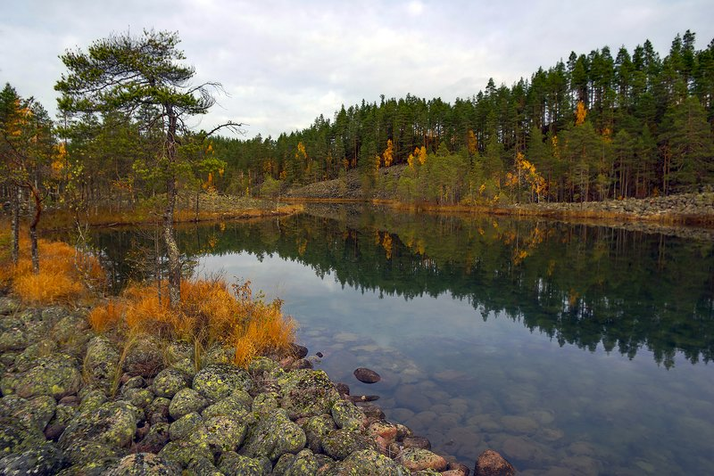 карелия Разноцветные берегаphoto preview