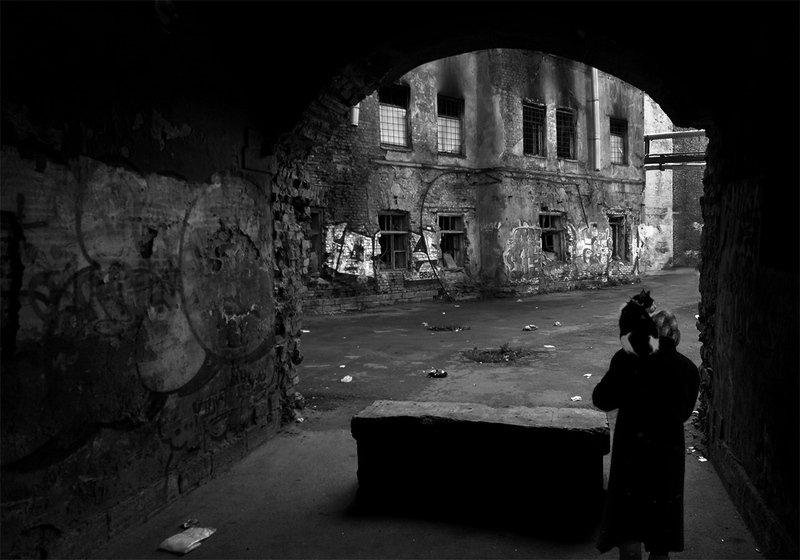 санкт-петербург, тень, ночь, чб Сквозной проход...photo preview