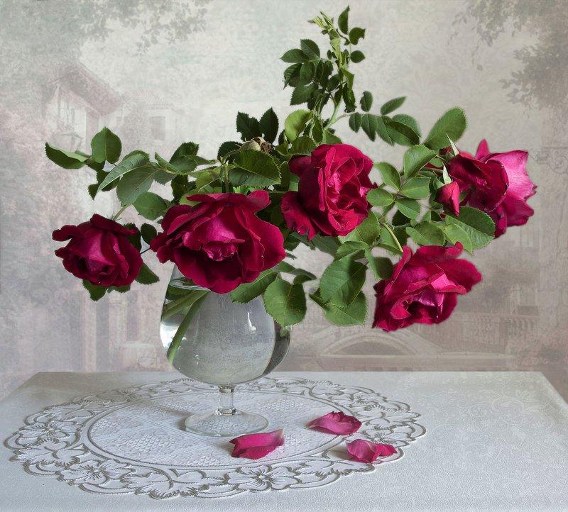 натюрморт, букет, розы, цветы, ваза, бокал Розы в бокалеphoto preview