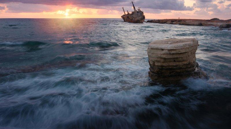 edro, пейзаж, landscape, abandoned, ship, кораблекрушение Last stop...photo preview
