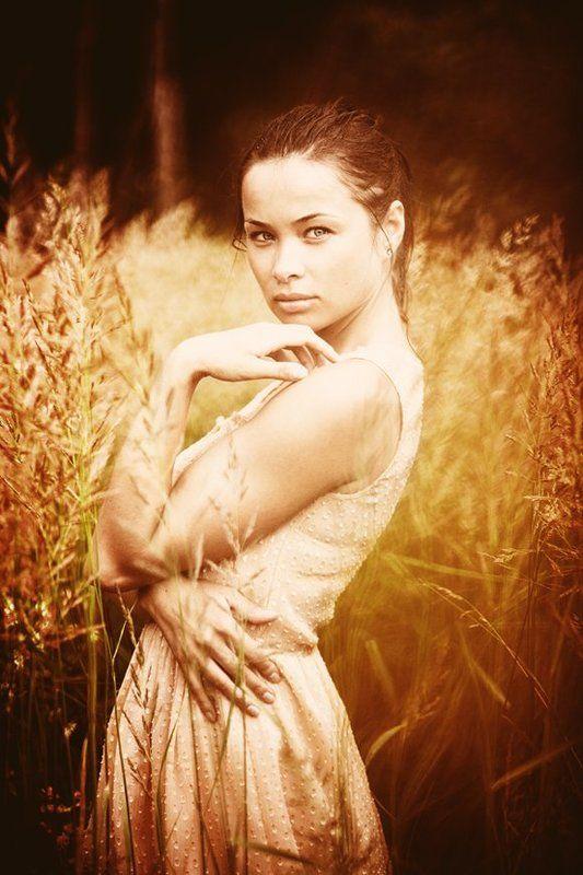 портрет,девушка,поле,лето ***photo preview