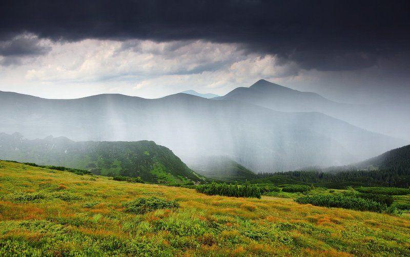 карпаты, горы, , украина, черногора, говерла, дождь, гроза Занавесьphoto preview