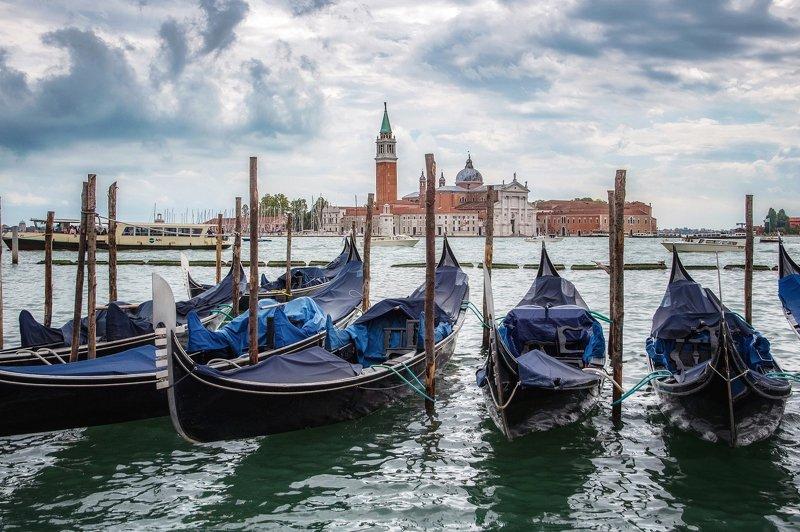 venice,венеция promenade of San Marcophoto preview