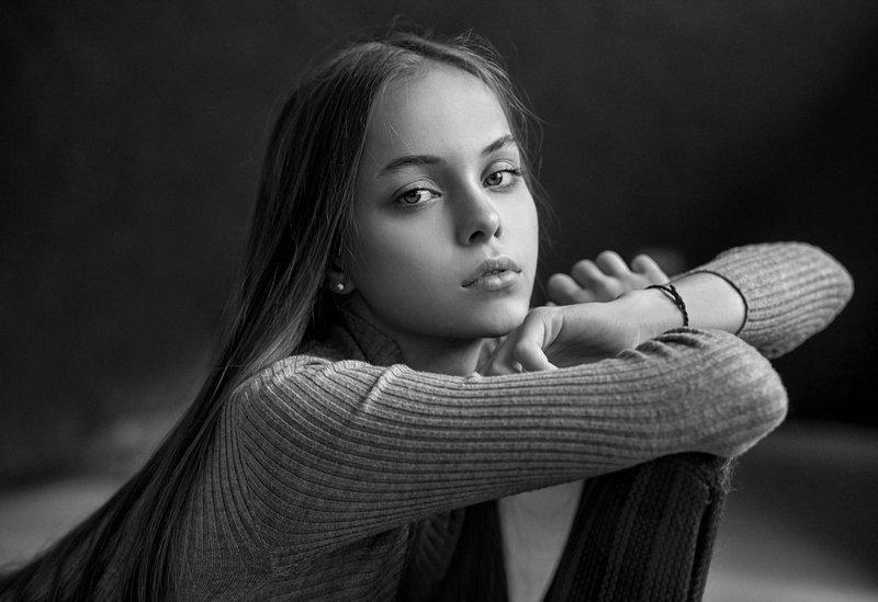 Лиза в черно-белом.photo preview