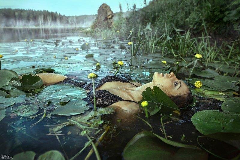 ведьма, мавка, иван купала, озеро, купальщица, утопленница, русалка, боди, венок, болото, мокрая девушка, мокрая, мокрое платье Из серии \