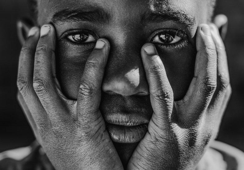 портрет, чб, африка, мальчик Giftphoto preview