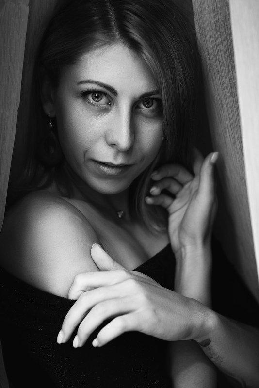 женский портрет. чб. портрет.  Вероникаphoto preview