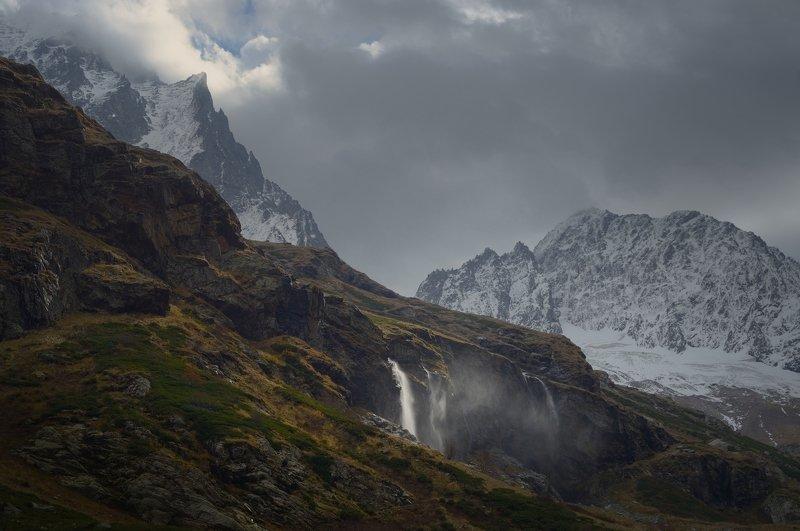 горы кавказ осень рассвет домбай Осеннее утроphoto preview