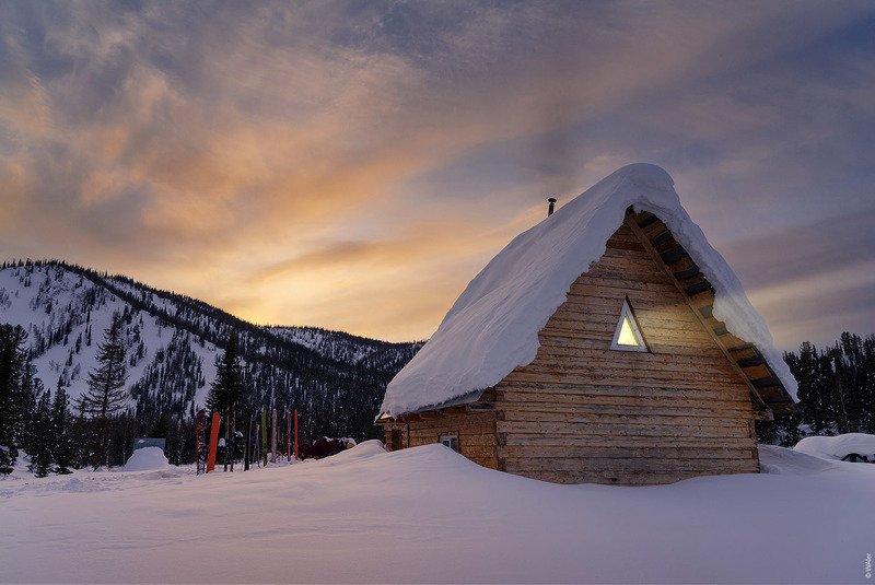 Поднебесные зубья, приют Куприяновский, зима, домик Про домик в тайгеphoto preview