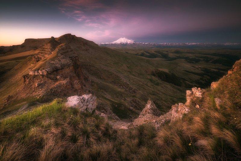 рассвет, горы, эльбрус, бермамыт, карачаево-черкесия, пейзаж Рассвет на плато Бермамытphoto preview