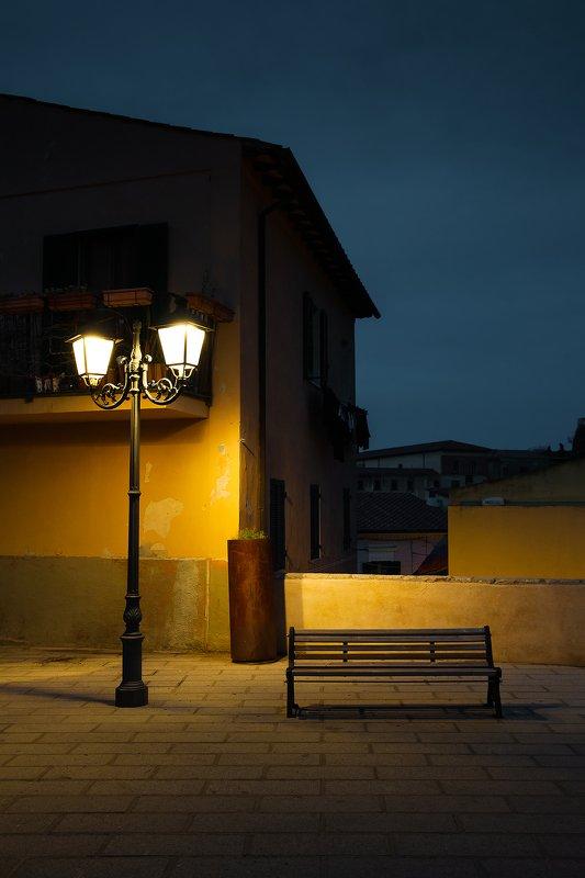 Тихая ночь в Портеферрайоphoto preview