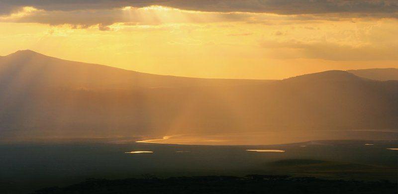 африка, кратер, закат, сафари, танзания Кратер Нгоро Нгороphoto preview
