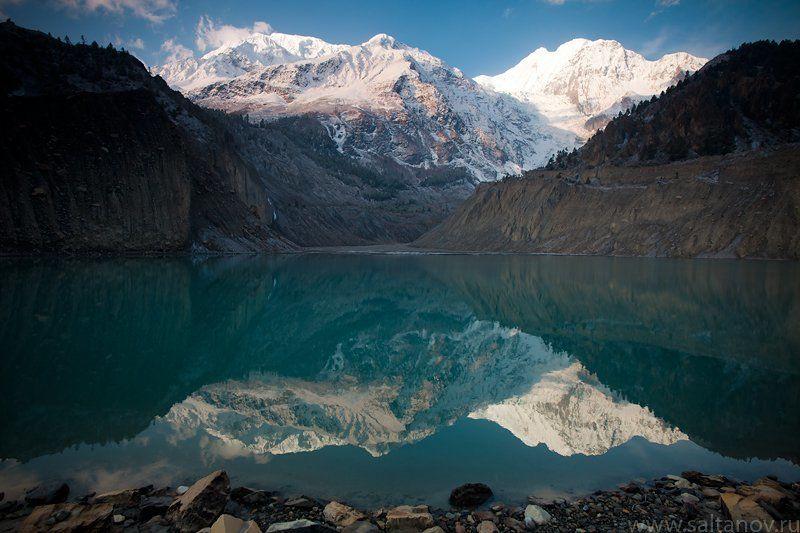 гангапурна, гималаи, непал, гора, озеро Гангапурна.photo preview