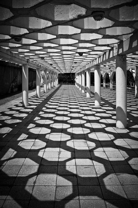 свет, тень, город, набережная, энергодар Перспективаphoto preview