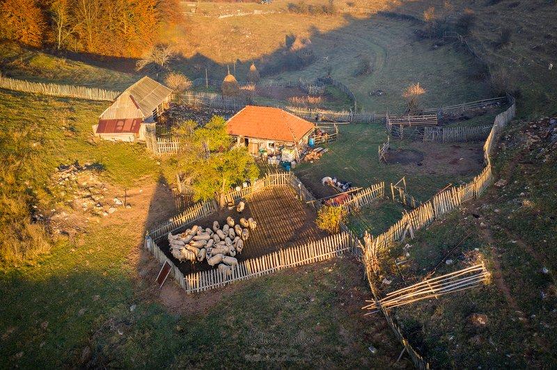 Румынская деревняphoto preview