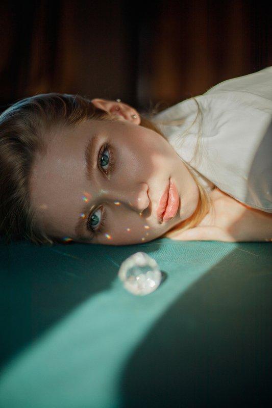 portrait, портрет, girl, lightness, blonde, portraiture, indoor, девушка, молодость, июль, лето, summer, krystal, retouch, ретушь, цвет, canon, retouch Xlightphoto preview