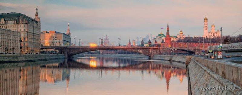 москва, кремль, москва-река, утро, moscow, kremlin, moscow river, morning Рассвет у Кремляphoto preview