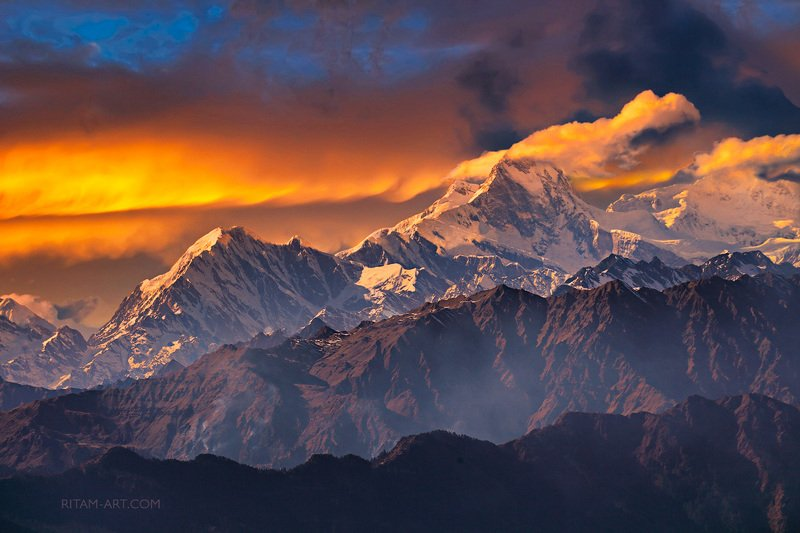 Гималаи. Огненная феерия / The Himalayas. A Fiery Extravaganzaphoto preview