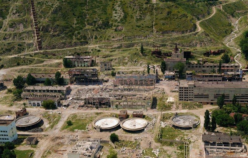 Кабардино-Балкария, Баксанское ущелье, Приэльбрусье, Тырныауз, вольфрамо-молибденовый комбинат И не было ядерной войныphoto preview